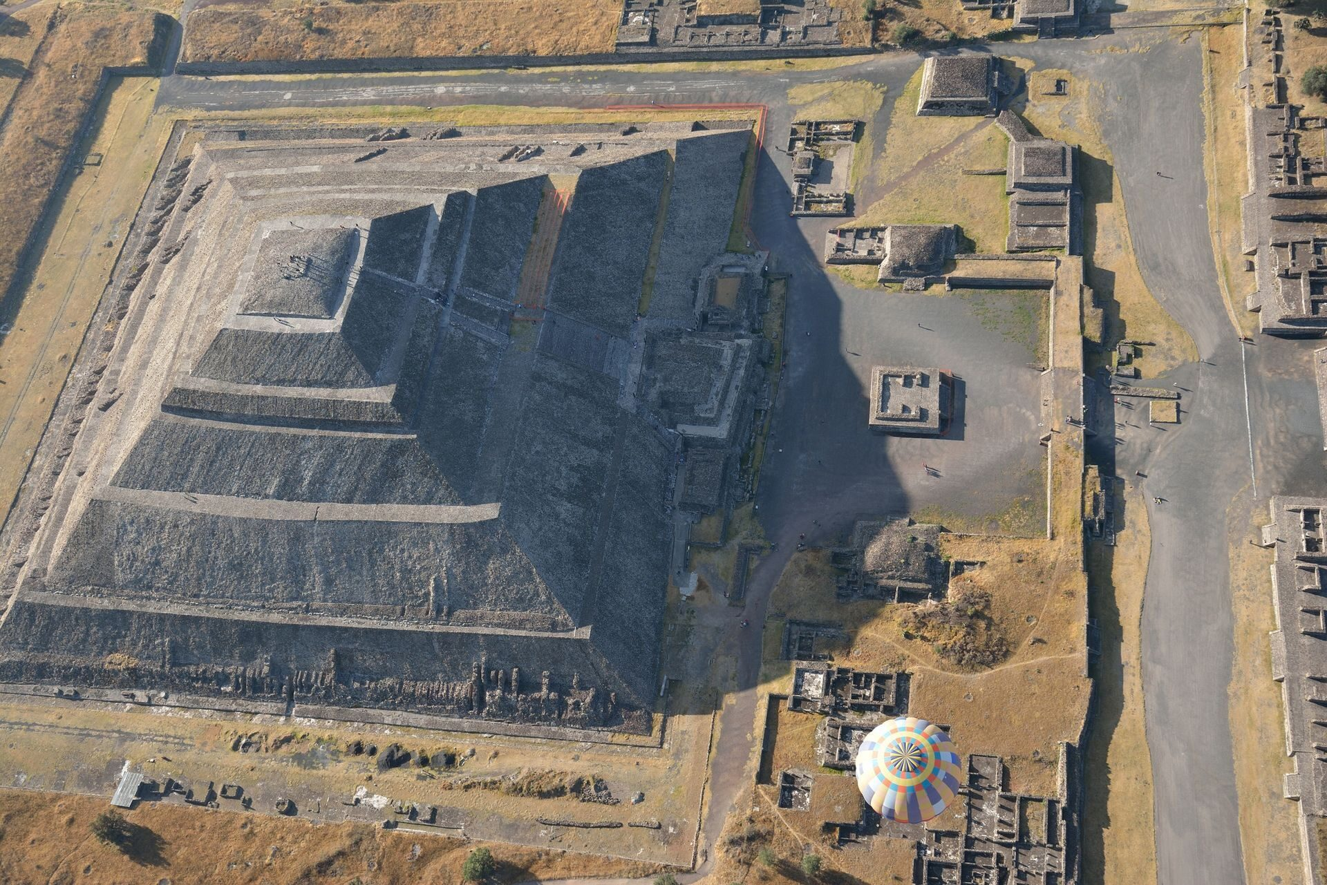 an introduction to the history of teotihiacan